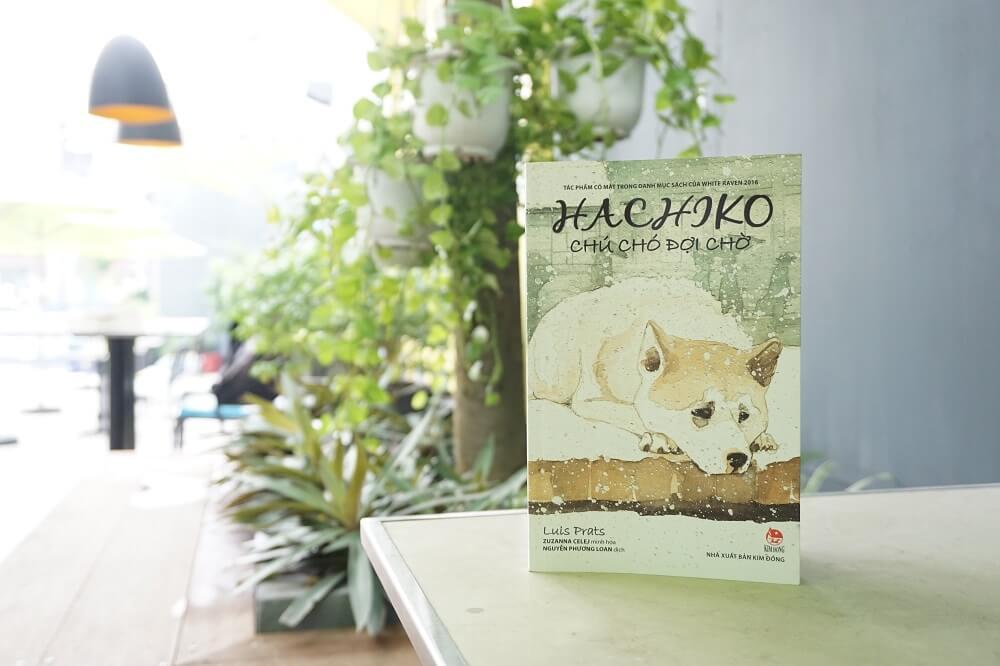 Hachiko Chú chó đợi chờ cuốn sách viết để thương nhớ