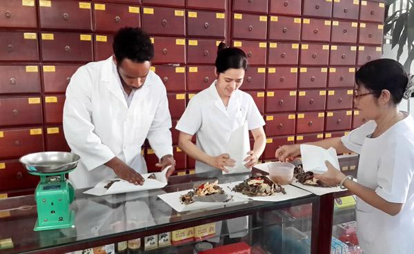 Ngành Y học cổ truyền học gì? Các môn học ngành Y học cổ truyền?